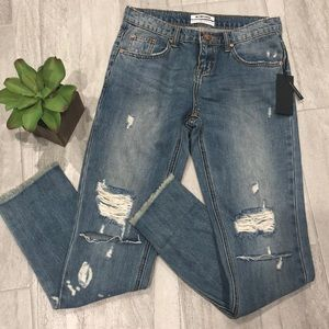 NWT One teaspoon Distressed Jeans size 26